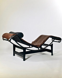 Chaise longue LC4